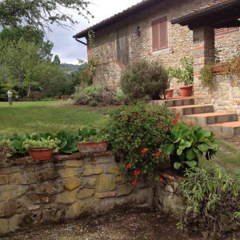 Manutenzione giardini rustici Valdambra Caiani Vivai Garden